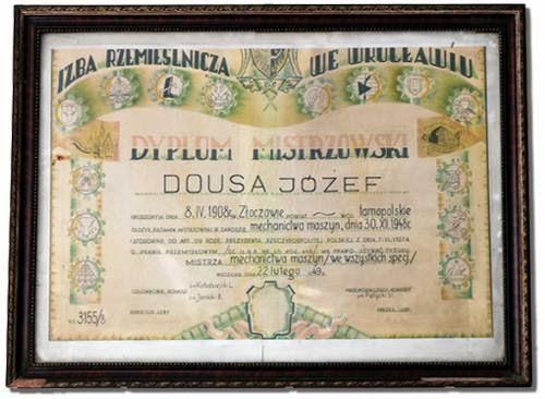 https://www.maszynydousa.pl/public/assets/o-firmie/dyplom-mistrzowski-dousa.jpg